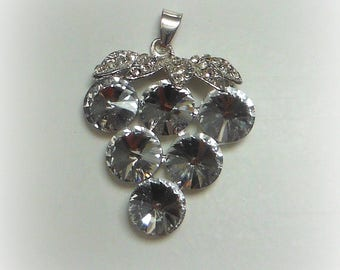 Rhinestone grape pendant