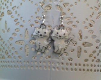 Earrings adorable white kittens