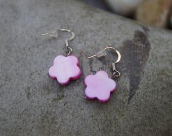 Earrings made of mother of Pearl