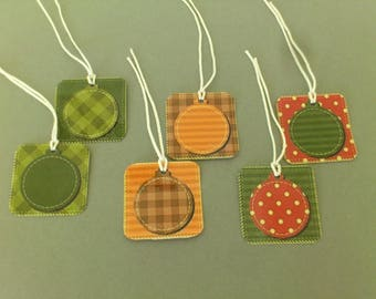Square gift tags, Christmas ball, assorted colors