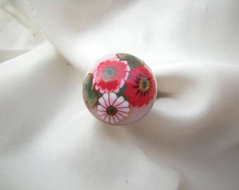 Ring 'flower' red polymer clay