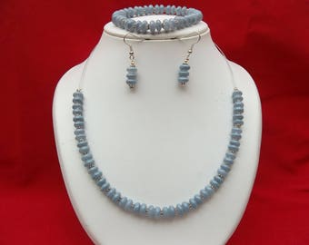 Gray and silver parure in glass beads