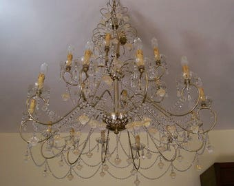 Italian 18 arm chandelier with Venetian crystals