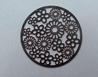 31 mm flower copper filigree disc