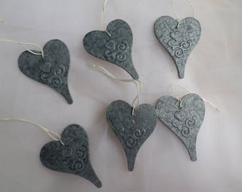 Set no. 1 of 6 How zinc in wood and paper hearts to hang