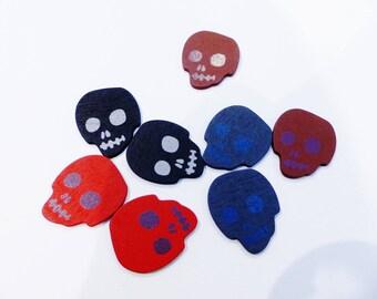 8 wooden skull embellishments