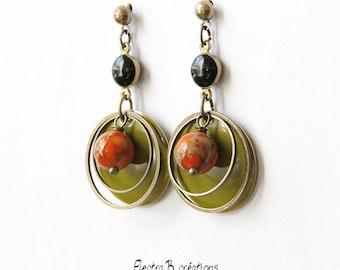 Timeless khaki short earrings, agate coral, black enamel and brass