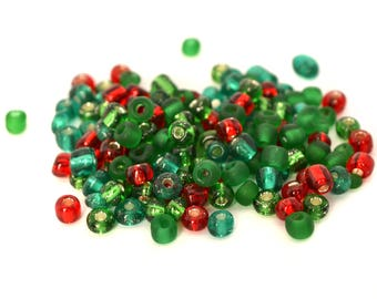 Large seed beads Christmas green, red glass 4mm, 10 grams (approximately 110 beads) / MPERRO056