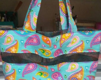 Multi color tote with 4 inner pockets