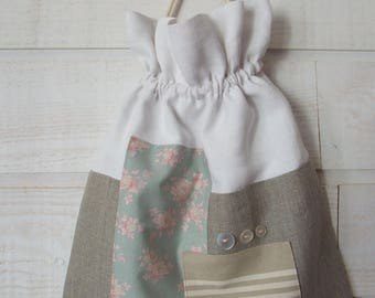 Lingerie bag / pouch (number 142) linen, white, floral
