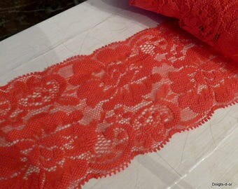 large red coral 8.5 cm very stretchy, floral lace