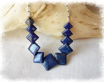 Choker necklace with lapis lazuli beads