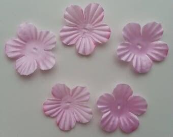lot de 5 fleurs en tissu rose 35mm