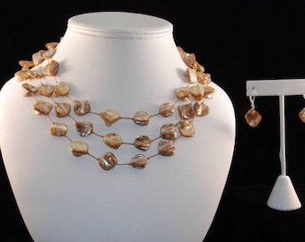 Mother of Pearl Nugget silk thread necklace