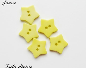 Set of 5 star buttons 17 mm 2-hole: yellow