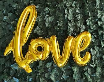 40 inch Gold Love Balloon