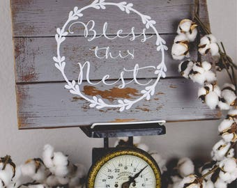 Shabby Vintage Style Sign - Bless This Nest