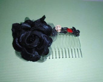 Black Rose beaded hair comb Goth witchy skulls
