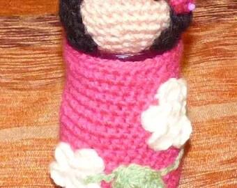 Kokeshi pot crocheted head pin