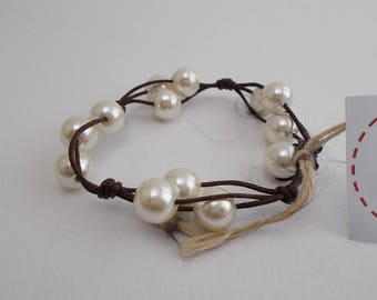 Leather cord bracelet and pearls