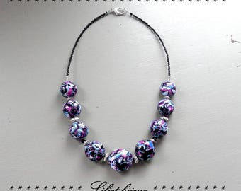 Fancy short black marbled blue and fuchsia necklace