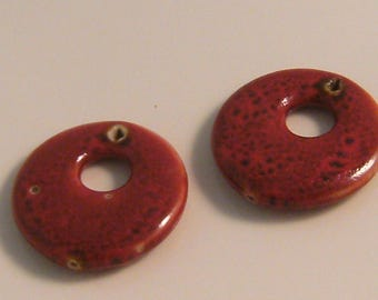 2 x 35mm red ceramic Pendant (l4)