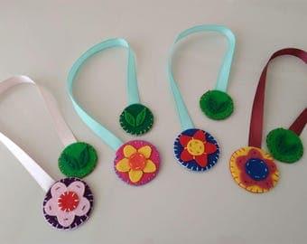 felt bookmarks, flower bookmarks