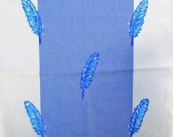 Tissu, coupon tissu, carré, coussin, fourniture couture, bleu, blanc, plume, peint à la main.