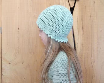 Hat green 6/8 years old girl, crocheted, customize
