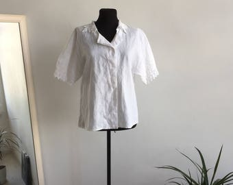 Linen Vintage Blouse with Crochet collar and Short sleeves