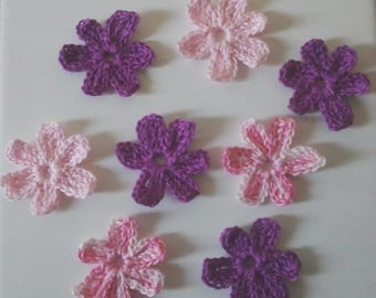 Crocheted cotton flowers: purple and pink blend