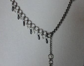 Elegant chainmail necklace