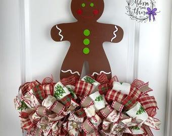 Gingerbread Boy Hand Painted Door Hanger with Deco Mesh, Gingerbread Boy Door Decor, Gingerbread Party Decor, Gingerbread Decoration