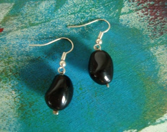 Fancy black earrings