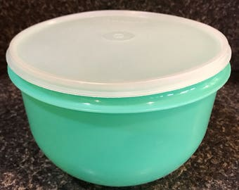 Tupperware Jade Mixing bowl