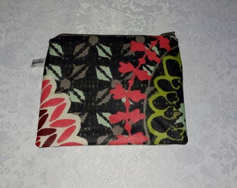 "Multifunctional zippered ""rosace"", made of waterproof laminated cotton pouch"