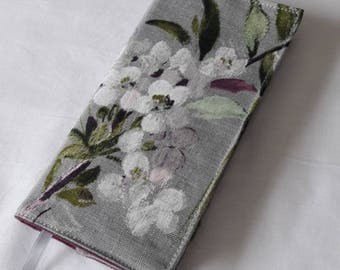 "Protects diary ""bouquet of flowers"" painted grey linen, thick purple cotton lining"