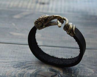 Bracelet with Raven