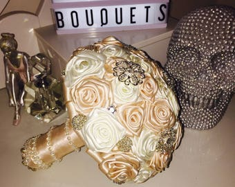 cream and dusty pink ribbon / brooch wedding bouquet
