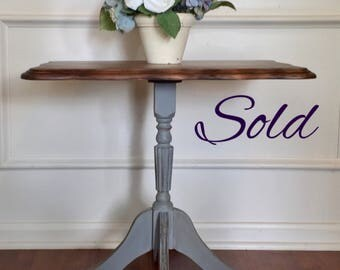 Sold***Vintage, french provincial, gray, farmhouse style, shabby chic, distressed, claw foot, end table, accent table, plant stand,