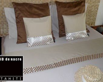 All runner bed + 2 covers, model Peue