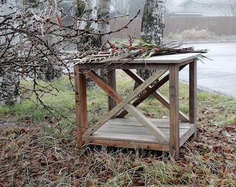 Rustic Reclaimed wood end table FREE SHIPPING, Farmhouse end table,Rustic Furniture, Pallet Furniture, Rustic Pallet furniture,