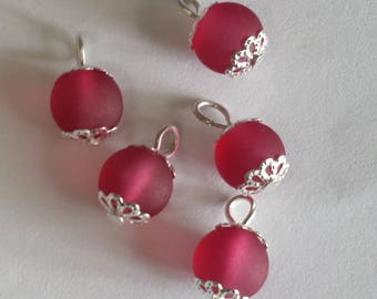 5 pendants 8mm fuchsia glass beads