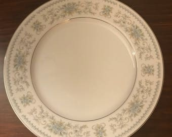 Nitto Fine China of Japan Set of 4 Dinner Plates Hanover Platinum Pattern 4867