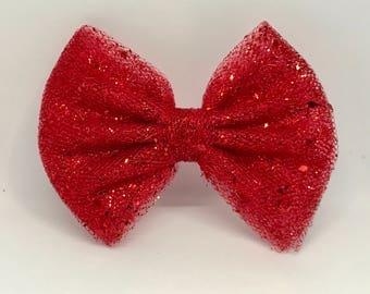 Valentine bow, Valentine hair bow, girls valentine bow, Valentine hair bow, girls hair bow, tulle hair bow,red hair bow, red bow