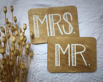 Mr and Mrs Wood Signs Table Top