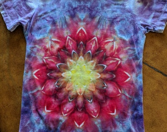 Fire Lotus Blossom tie dye ladies fitted medium