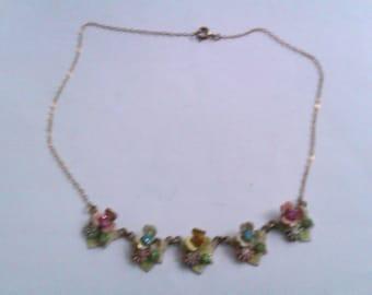 vintage gold coloured enamelled flower necklace