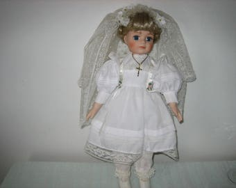 First Communion Dolls - Vintage Porcelain First Communion Doll Blonde Blue Eyes Cross Necklace - Display Dolls
