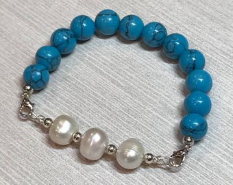 Howlite Pearl Stretch Bracelet, turquoise bracelet, stretchy bead bracelet, blue bracelet, pearl bracelet, stacking bracelet, Howlite bead